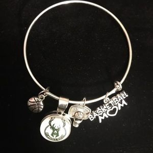 Jewelry - NBA Milwaukee Bucks Basketball Mom Bracelet